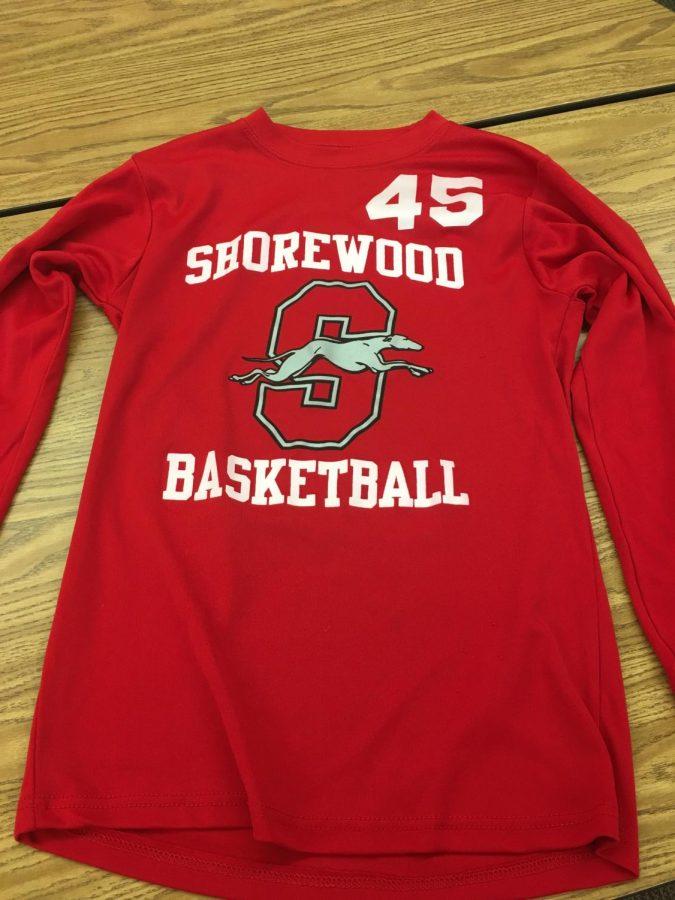 Basketball in Shorewood: Greyhounds